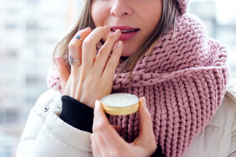 5 способов спасти губы, если бальзамы уже не помогают