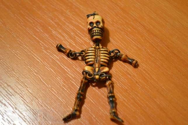 141025889_1_644x461_brelok-skeletik-suvenir-sssr-kiev