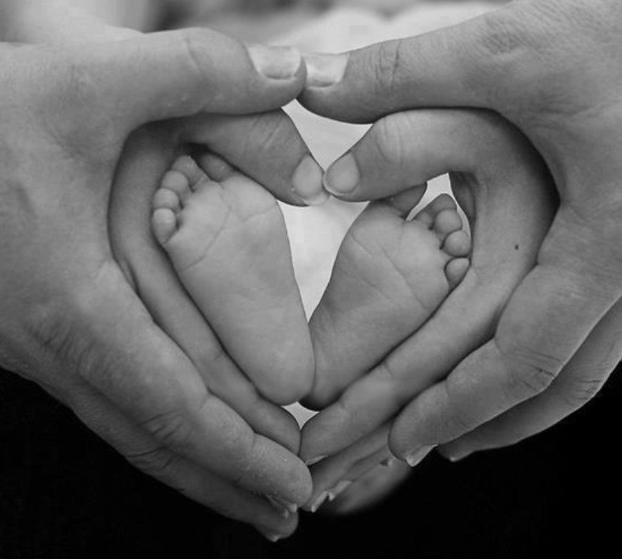 Newborn-Photo-Ideas-2