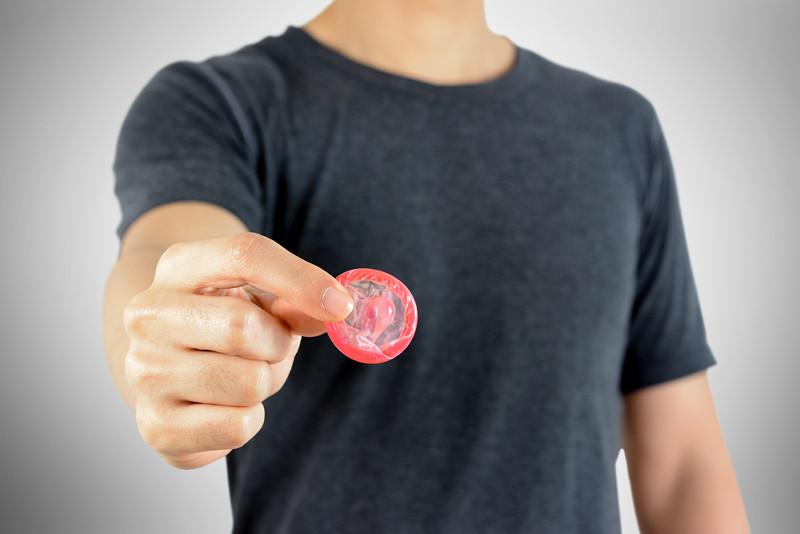 использование презерватива