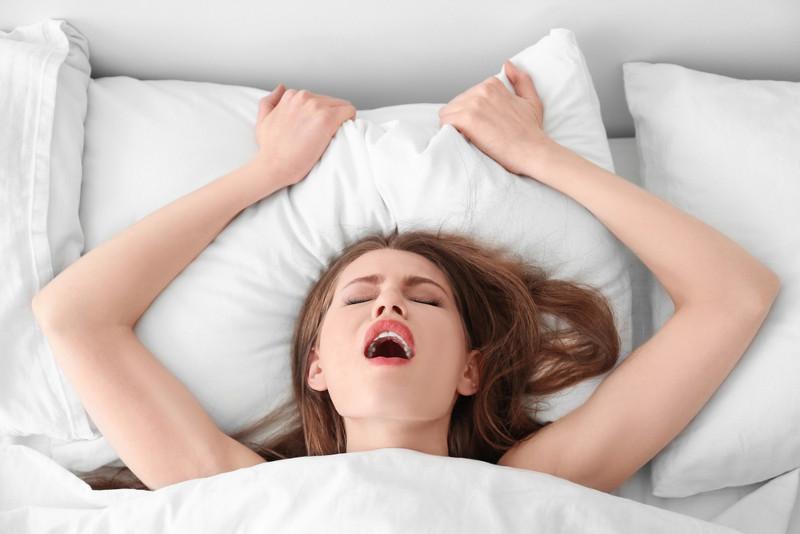Как получить оргазм без секса но спомощью подручных предметов