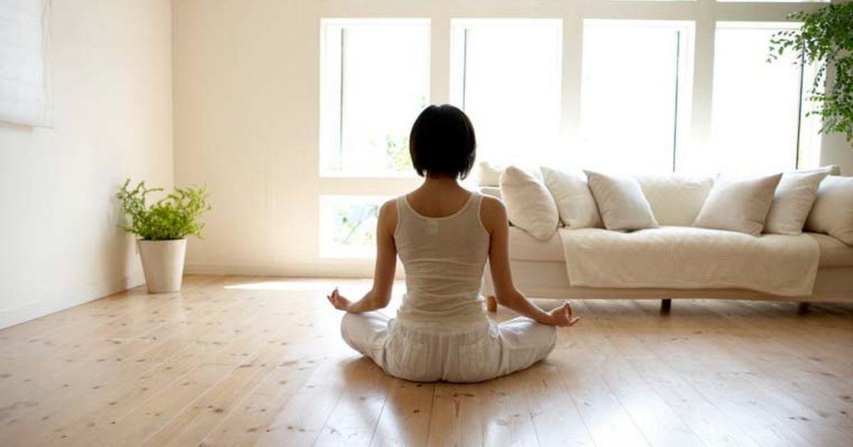 Как избавиться от тревожности при помощи домашних медитаций