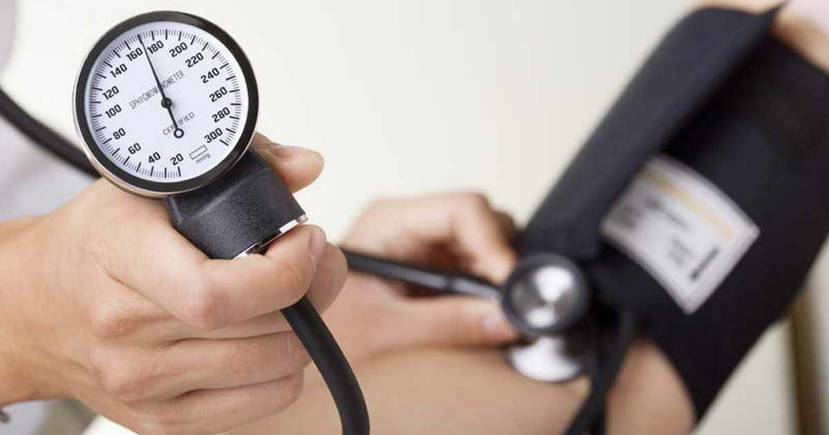 10 продуктов, которых следует избегать при высоком кровяном давлении